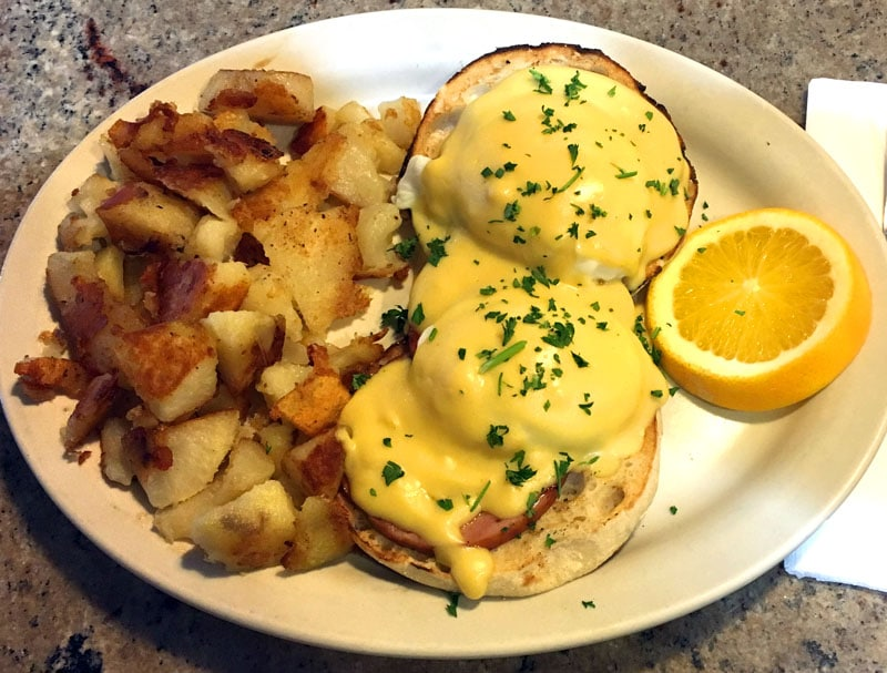eggs-benedict-kingston-ny